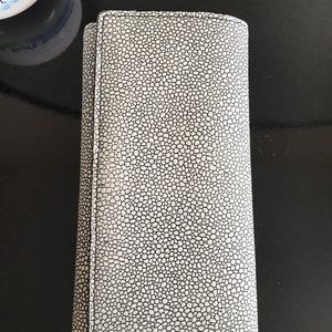Halogen black and white wallet